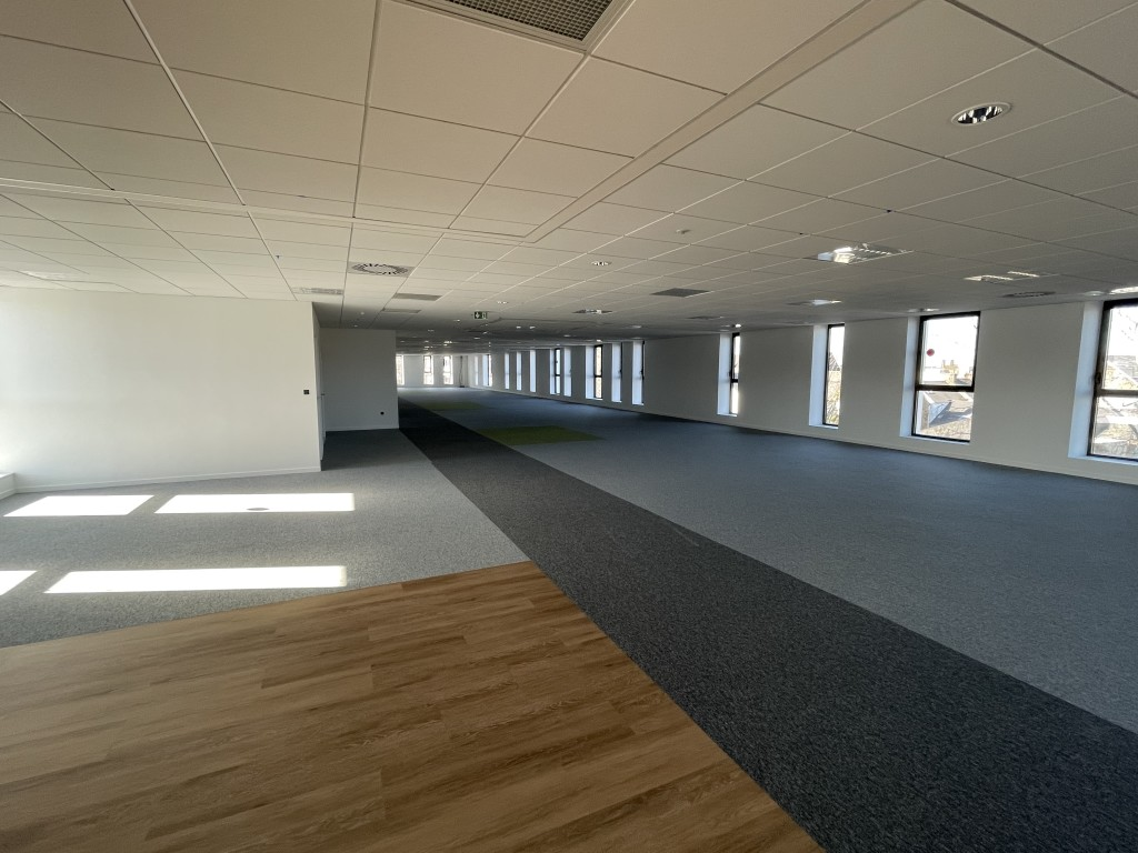 Centre d'affaires Rabelais. Saint-Brieuc (22) par Commespace